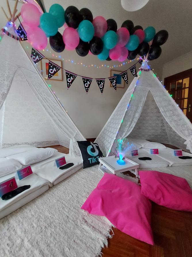 Tik Tok Fiesta de cumpleaños con Tipis de encaje